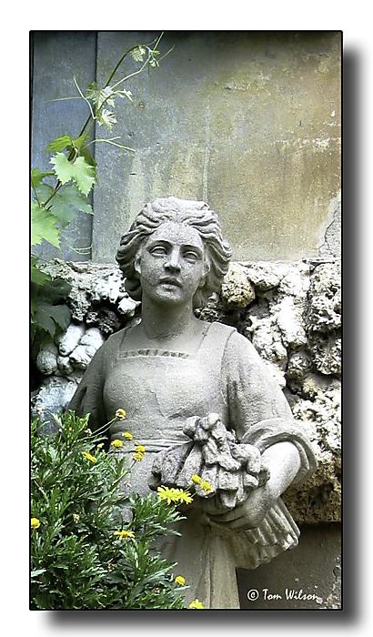 photoblog image Garden statue