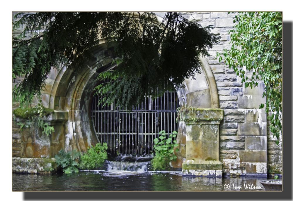 photoblog image Reservoir outlet