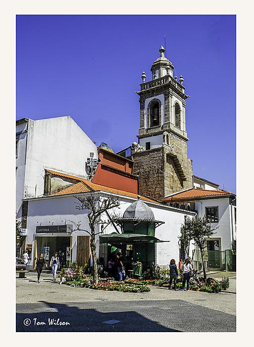 photoblog image Braga - architectural contrasts