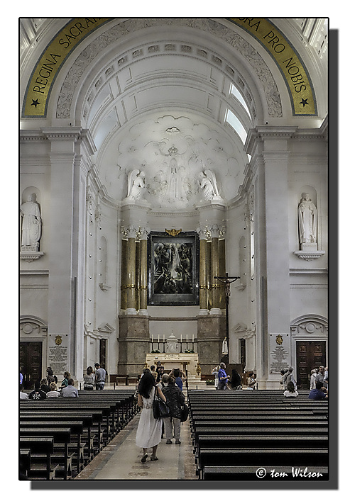 photoblog image Fatima - Interior of Basilica of Our Lady of the Rosary