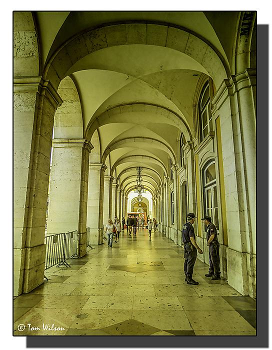 photoblog image Lisbon- Praça do Comércio - colonnade.