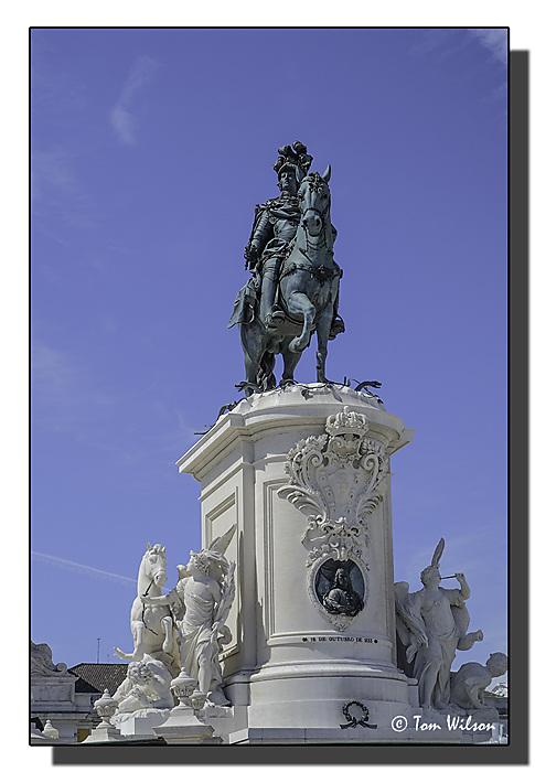 photoblog image Lisbon - Statue of King José I - Praca do Comercio