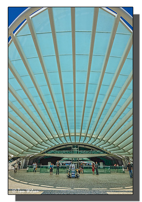 photoblog image Lisbon-Oriente railway station