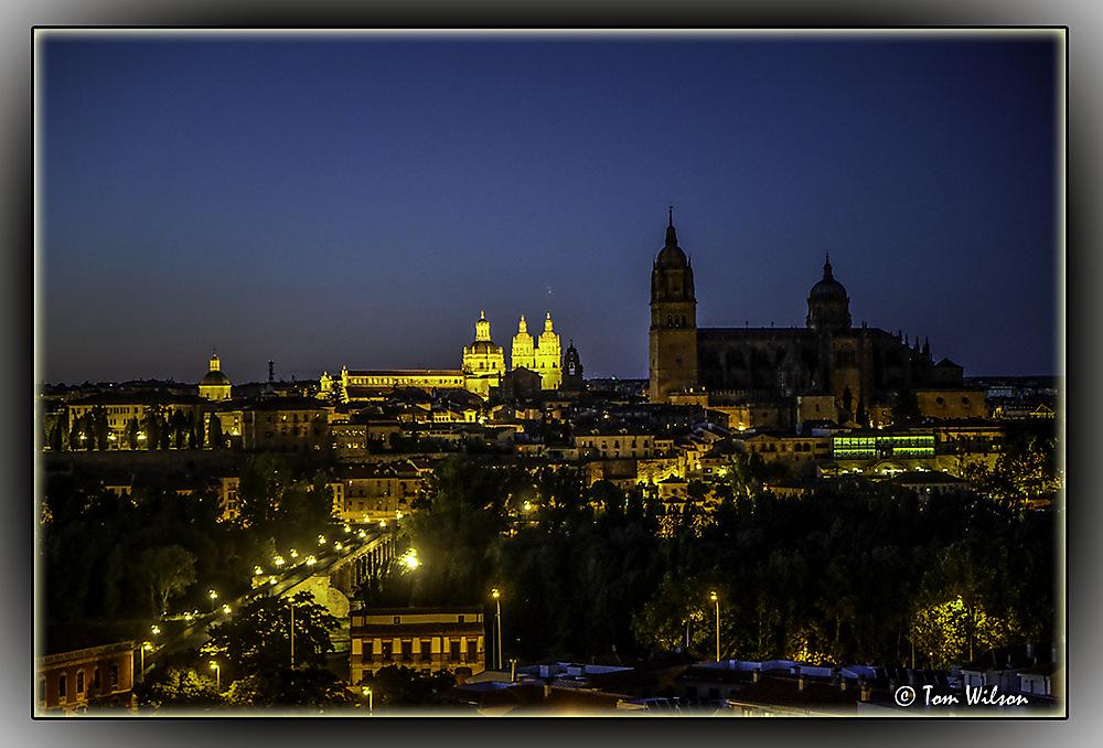 photoblog image Salamanca by night