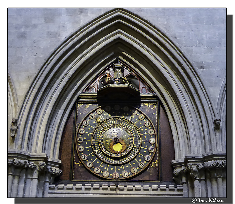 photoblog image Wells cathedral clock