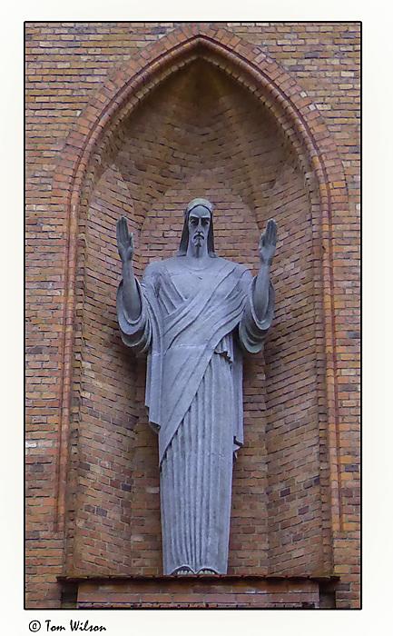 photoblog image Christ Sculpture