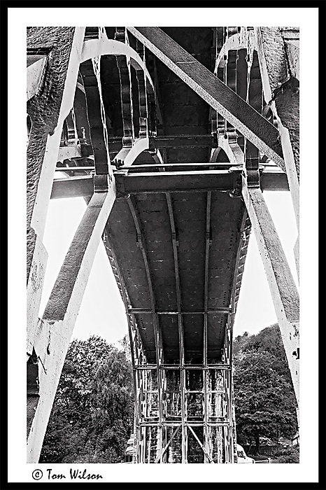 photoblog image Ironbridge 6 - under the bridge