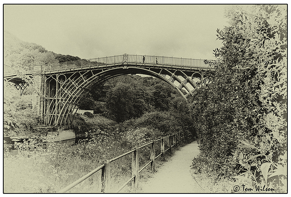 photoblog image The bridge today in a 19th century treatment