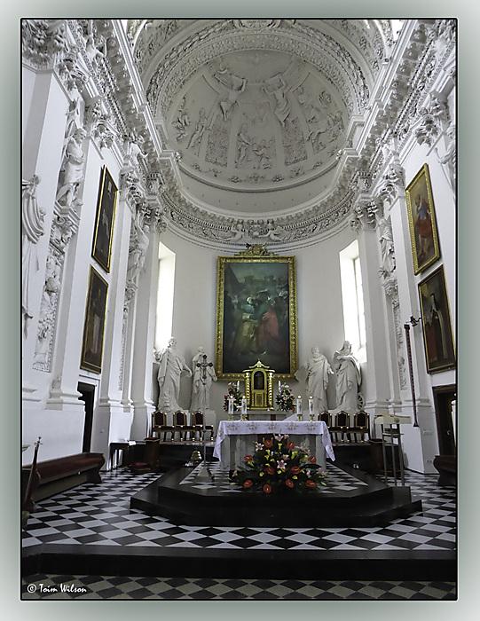 photoblog image Vilnius-Church of Saints Peter & Paul - altar