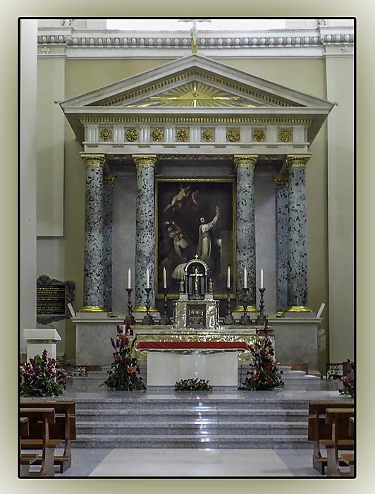 photoblog image Vilnius Cathedreal - Altar