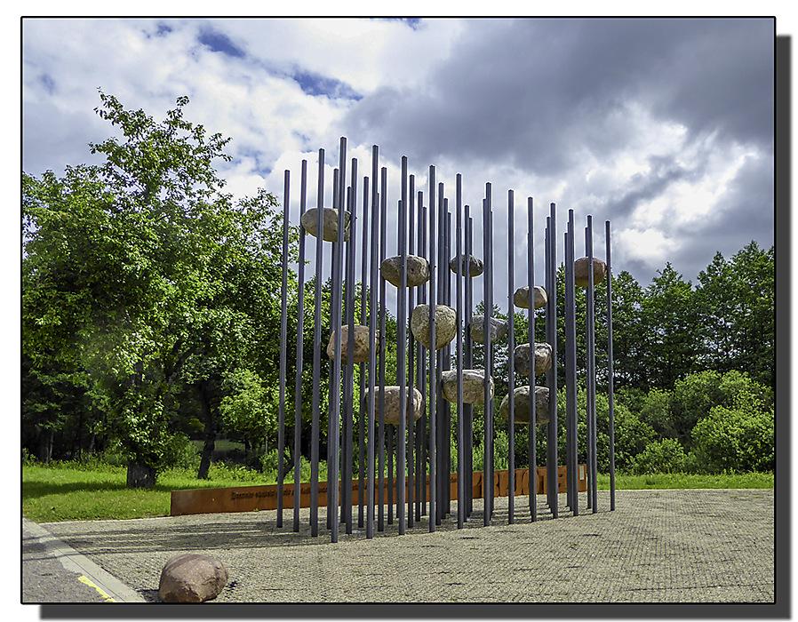 photoblog image Roadside Sculpture