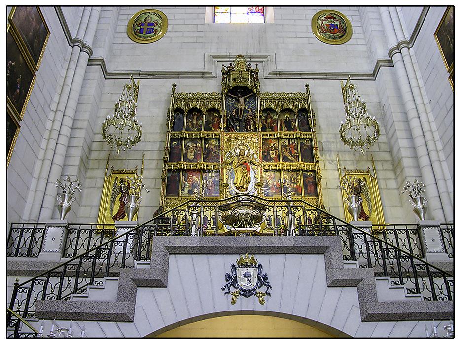 photoblog image Madrid Cathedral altarpiece