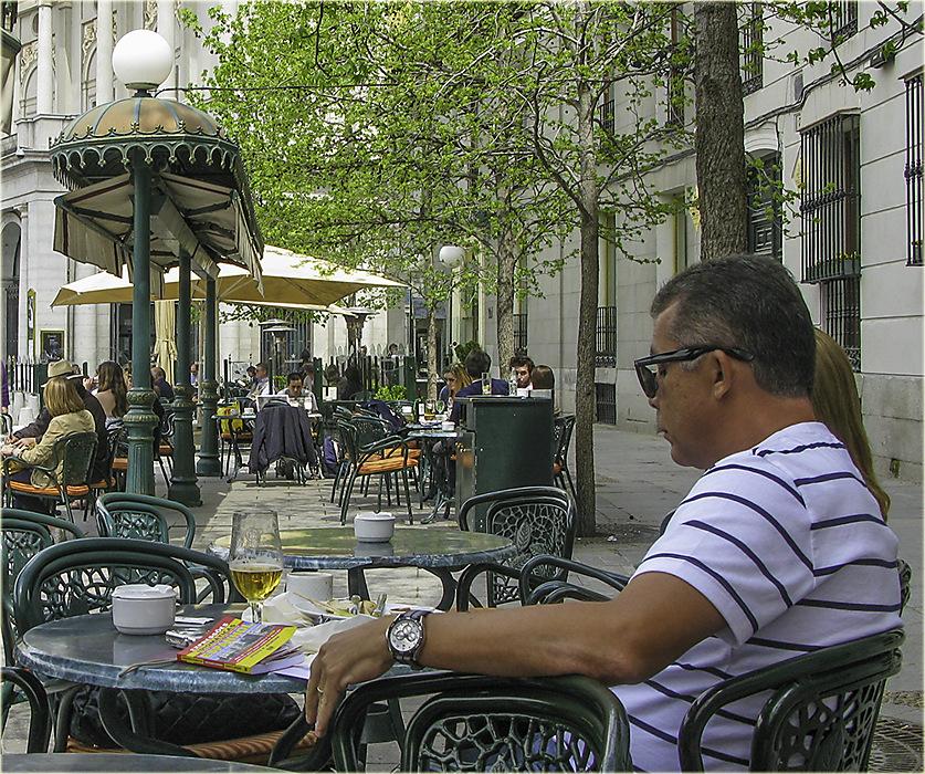 photoblog image Madrid-street life