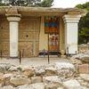 Knossos - cup bearers fresco