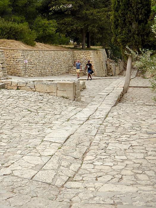photoblog image Knossos - Theatre