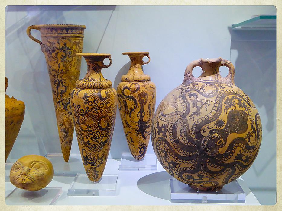 photoblog image Heraklion Museum - marine animal pots