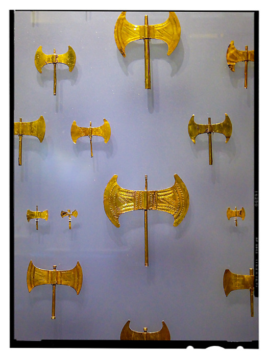 photoblog image Heraklion Museum - axes