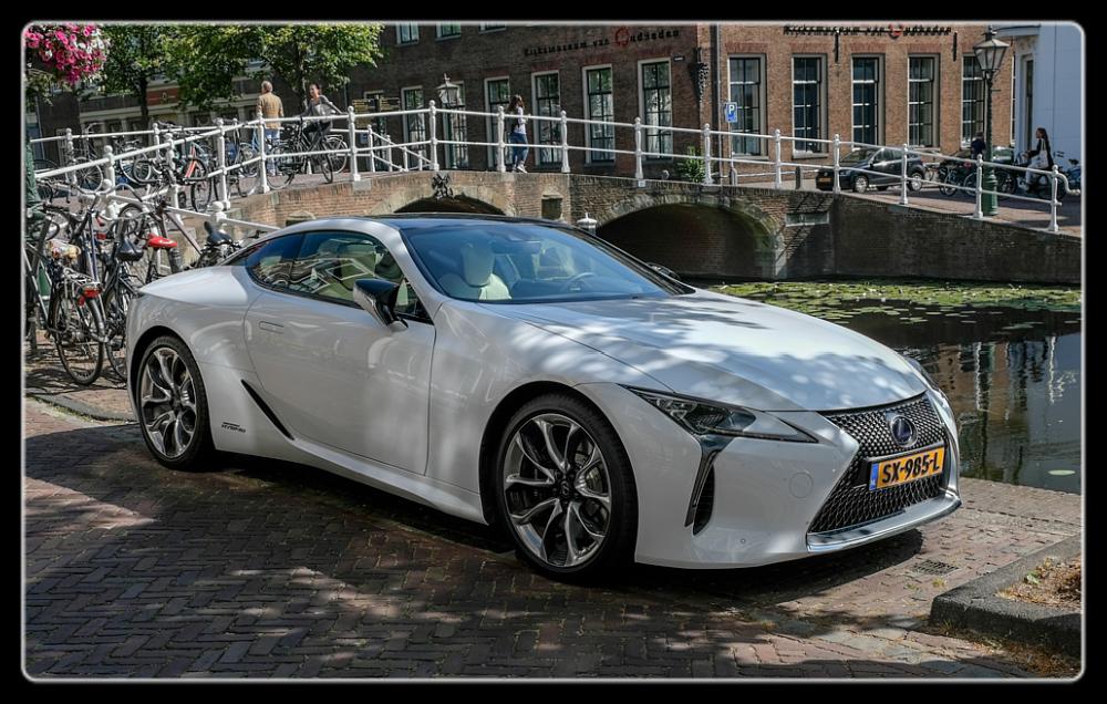 photoblog image Leiden-Lexus LC