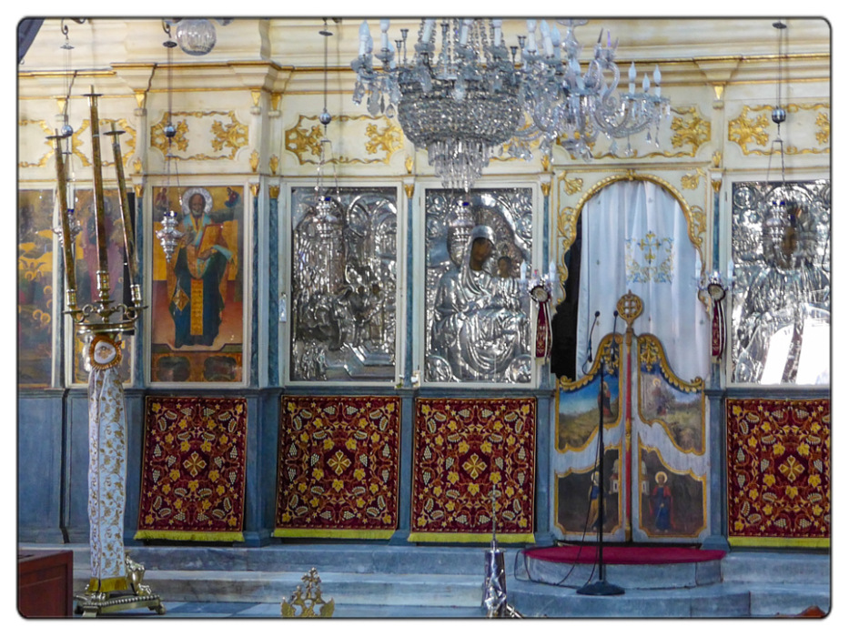 photoblog image Chania-cathedral-iconostasis