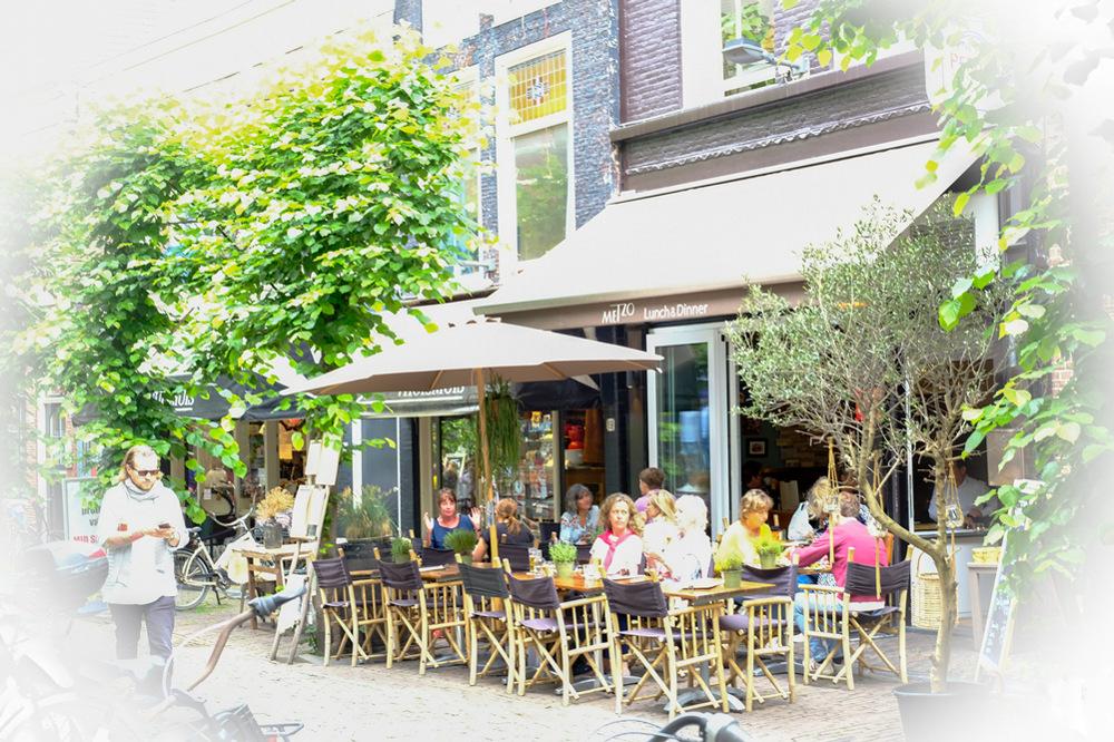 photoblog image Haarlem - morning coffee