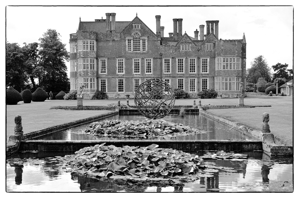 photoblog image Burton Agnes Hall-from the garden