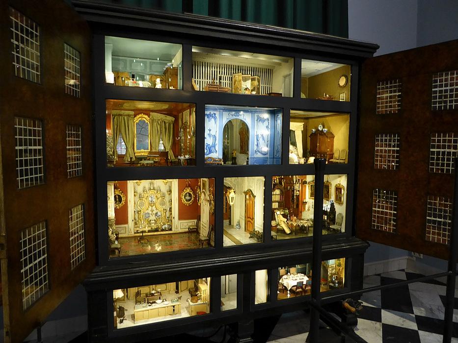 photoblog image Haarlem - doll's house