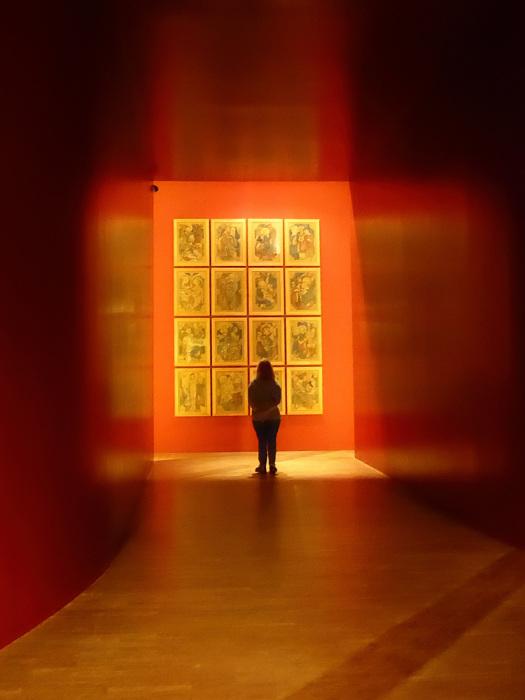 photoblog image Wyspianski exhibition - viewer