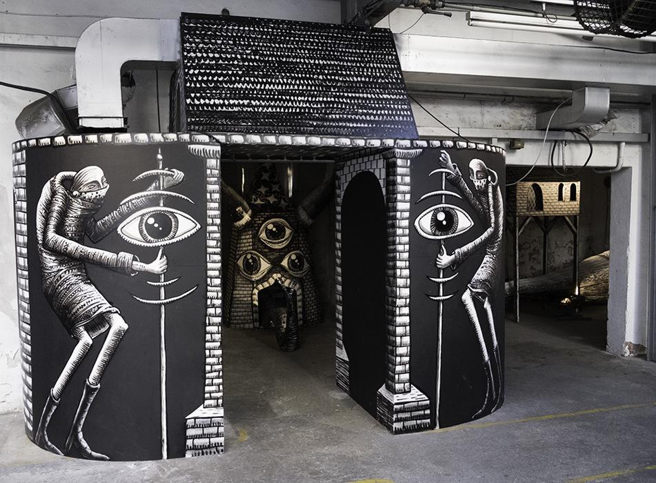 photoblog image Mausoleum of the Giants exhibition - 9