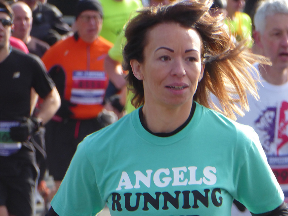 photoblog image Angel Running