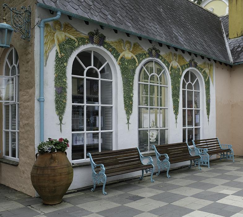 photoblog image Portmeirion-cafe decor