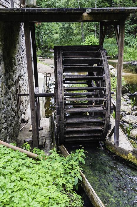 photoblog image Slyninkos mill-water wheel
