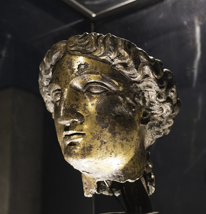 photoblog image Head of Minerva