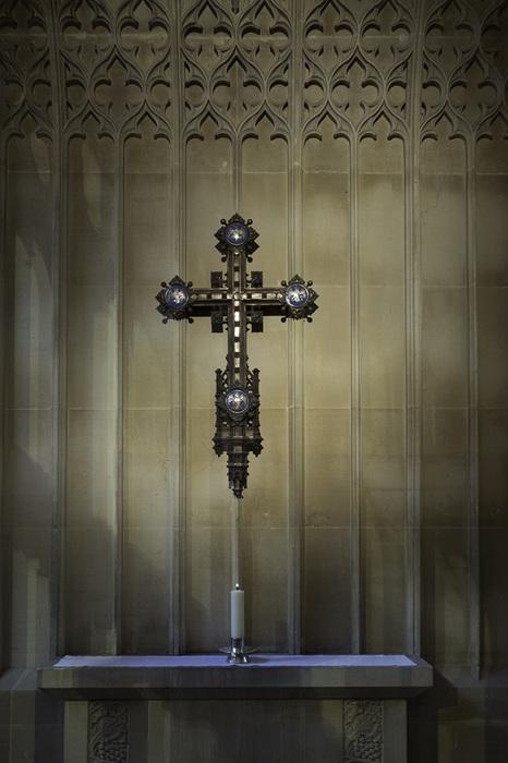 photoblog image Bath Abbey-crucifix