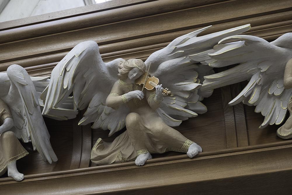 photoblog image Bath Abbey-violinist
