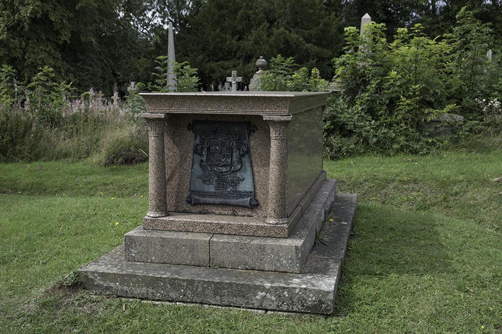 photoblog image Lansdown Cemetery-Beckford's Memorial