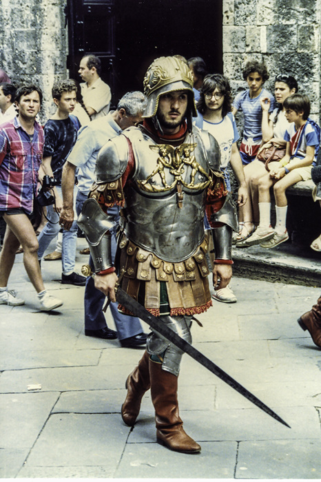 photoblog image Siena - before the Palio - On his way to war.