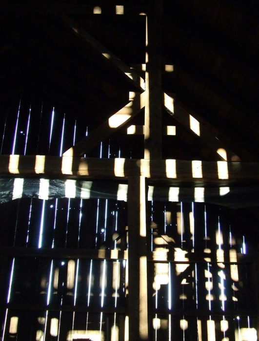 photoblog image barn light 4
