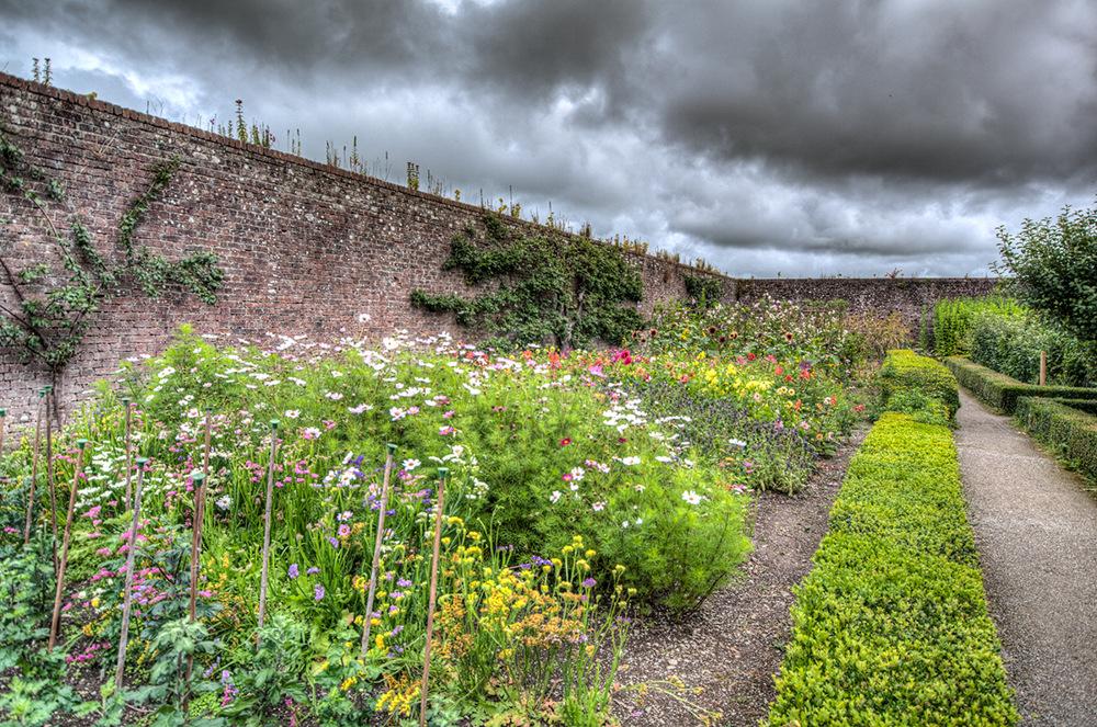 photoblog image Walled Garden