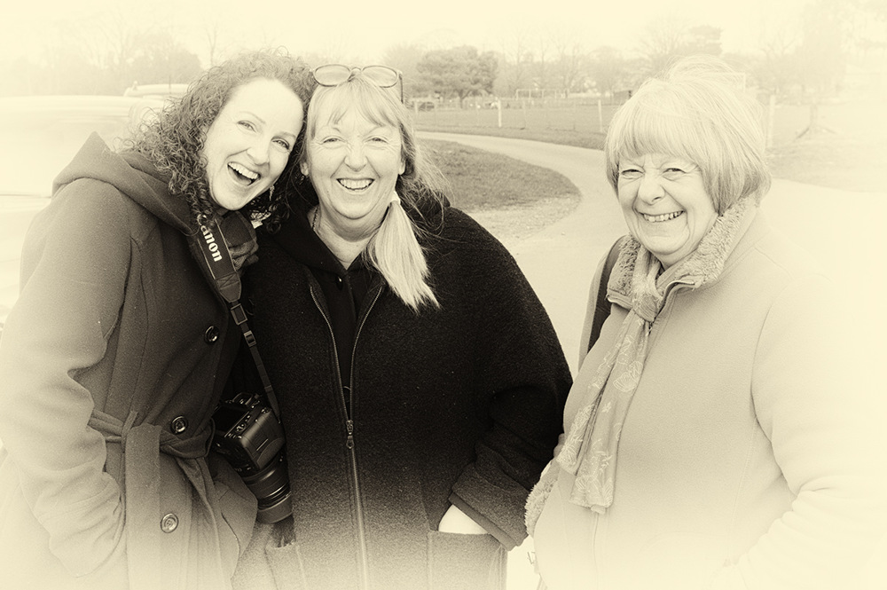 photoblog image Take three Girls