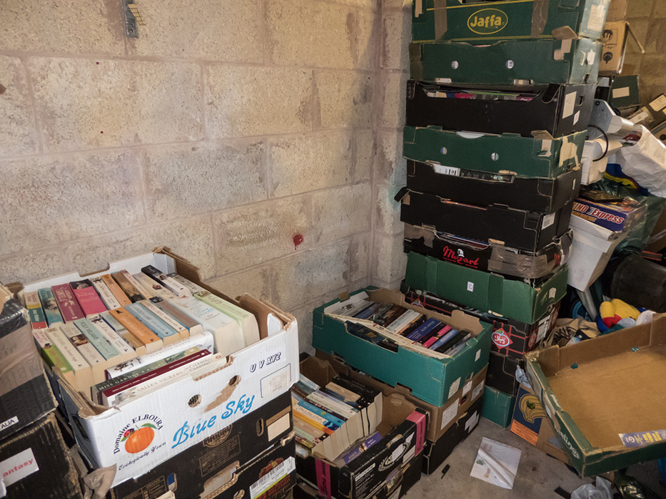 photoblog image garage 6 of several