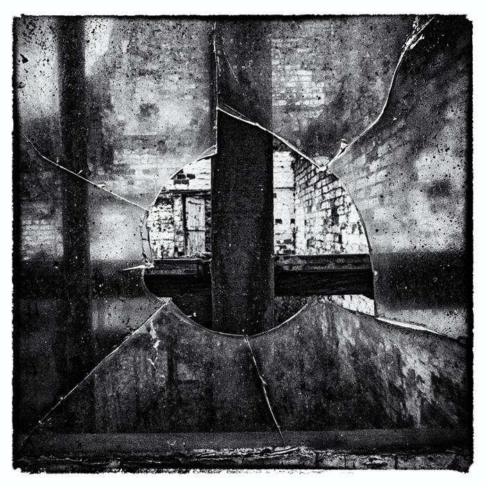 photoblog image Derelict-3 of 4
