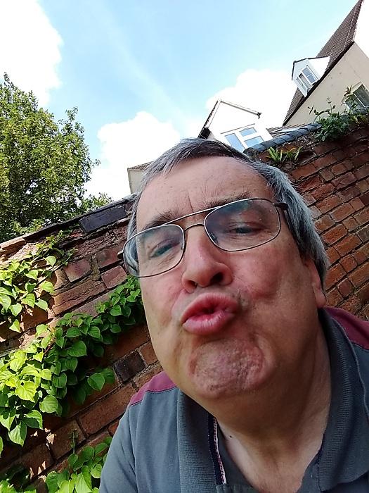 photoblog image How not to do a selfie