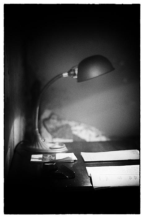 photoblog image Light Reading