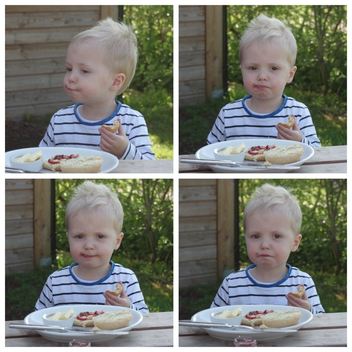 photoblog image How to eat a scone