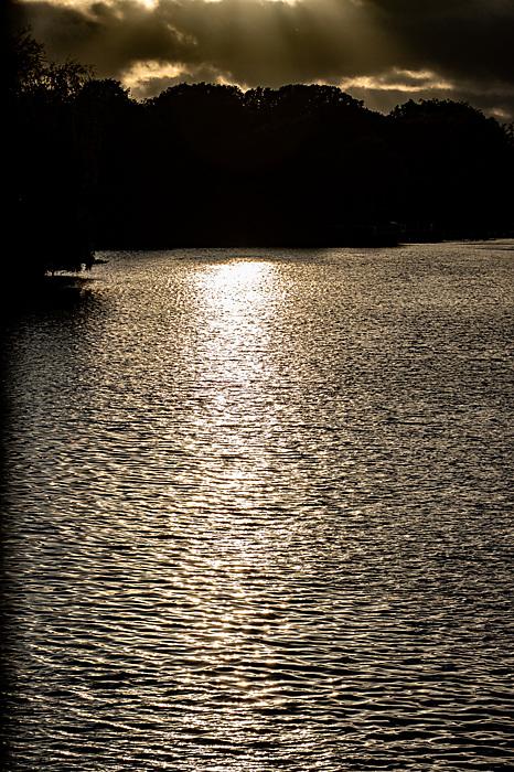 photoblog image Sunset over the river Thames