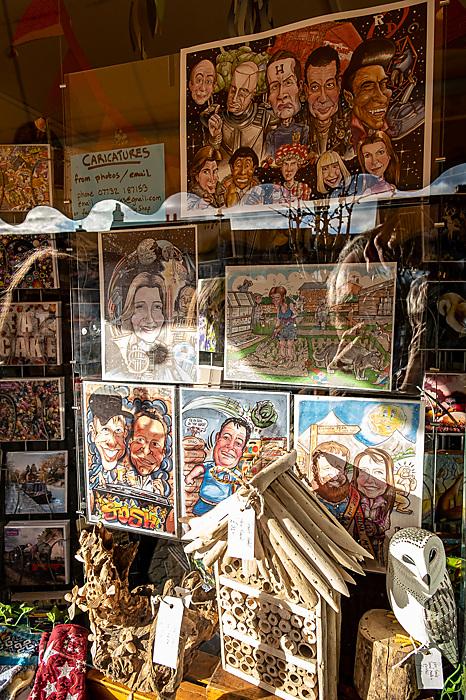photoblog image Window Shopping