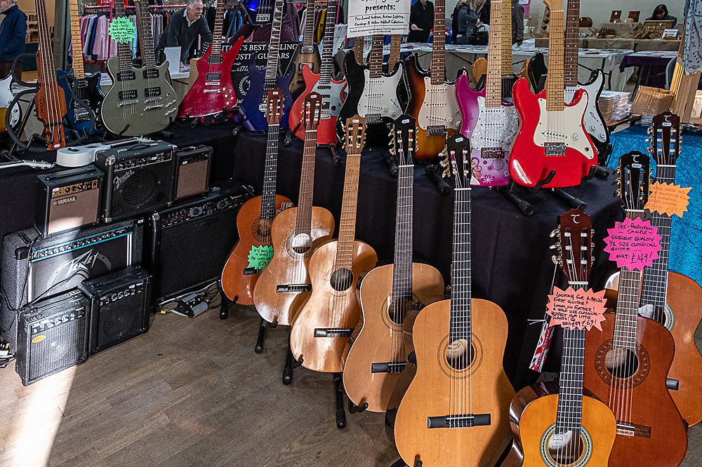 photoblog image String section